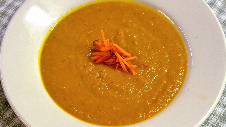 Spiced Carrot and Turnip Puree Soup